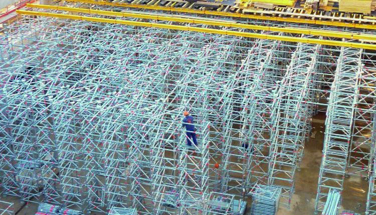 Подпорно скеле Layher за бетонови работи – бърз и икономичен монтаж