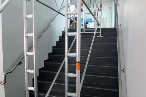 Стълбищен комплект за мобилна кула Uni Standard (Комплект за работа върху стълбища)