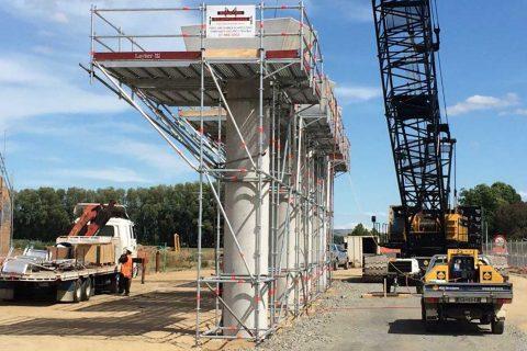 Модулно скеле Layher Allround за строежа на моста ''Victoria Bridge'' в Нова Зеландия